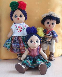 Guatemalan dolls resembling the indigenous people of the country. Each dress represents a different group of indigenous people.