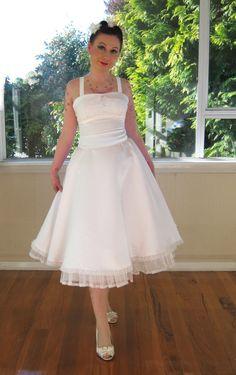 50's style tea length wedding dress