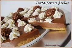 Tarta de Ferrero Rocher Ferrero Rocher, French Pastries, Dessert Recipes, Desserts, Tarts, Tiramisu, Waffles, Appetizers, Breakfast
