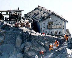 Majority of active volcanoes in Japan lack disaster shelters - The Asahi Shimbun