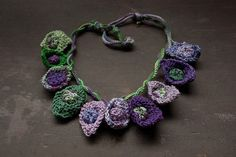 Knitted cotton necklace purple green OOAK от rRradionica на Etsy