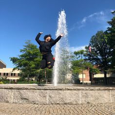 14 Things Your Tour Guide Won't Tell You About Stony Brook University's Campus Stony Brook University, Tour Guide, Niagara Falls, Things To Do, Parties, Advice, College, Tours, Box