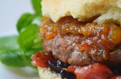 Le burger sucré-salé au chutney de mangue, c'est la nouvelle recette de la #BurgerWeek bien décadente comme il faut !
