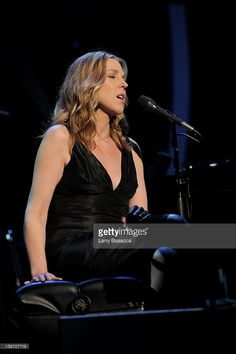 Singer Diana Krall performs onstage at the 2012 MusiCares Person of the Year Tribute to Paul McCartney held at the Los Angeles Convention Center on February 2012 in Los Angeles, California. Paul Mccartney Concert, All About Jazz, Diana Krall, Los Angeles Convention Center, Jazz Musicians, Celebs, Celebrities, Jazz Art, February 10