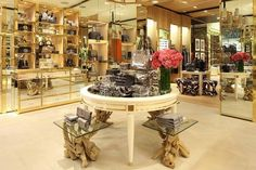 Encore Decor - Blog - THE BOUTIQUES OF TORYBURCH