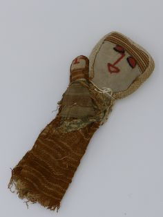 An antique Peruvian Chancay textile burial doll - in our Cabinet of Curiosities auction January 2017