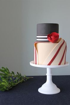 By Katherine of Charm City Cakes West