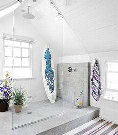 Awesome shower in attic/roof pitch space; Country Living Mag
