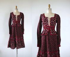 vintage 1970s dress/ 70s Gunne Sax dress / 70s festival dress / 1970s maroon lace front dress / 70s long sleeve prairie dress / hippie boho