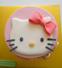 https://flic.kr/p/6S2T5Q | BCK Hello Kitty Cake