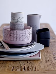 Simple and elegant. That's exactly what the Carina tableware is!