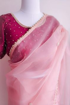 Featuring this beautiful Light Pink saree in Organza base with hand embroidered pearl work bootis all over. It is paired with a Plain wine colour Dupion blouse with Pearl Work on Front, back and sleeves. Pink Saree Blouse, Sari Dress, Sari Blouse Designs, Saree Blouse Patterns, Half Saree Designs, Saris Indios, Pearl Work Saree, Saree Color Combinations, Fit And Flare