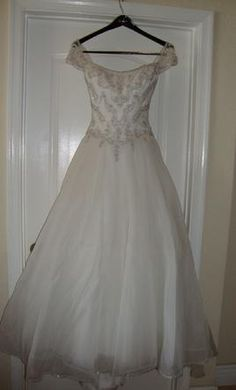 Eve of Milady 6: buy this dress for a fraction of the salon price on PreOwnedWeddingDresses.com