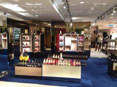 Manolo Blahnik -  Chaussures  ManoloBlahnik  Fashion  Printemps  Paris ea989f427378