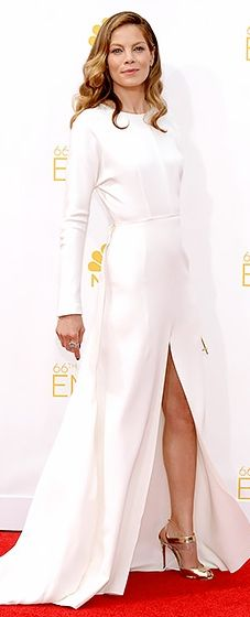 Michelle Monaghan looked beyond lovely in this long-sleeved white gown at the 2014 Emmys.