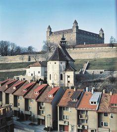 Kostol sv. Mikuláša, hrad