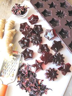 Sweet n' Sour Hibiscus Ginger Gelatin Gummies - Sub cranberry juice for the hibiscus water
