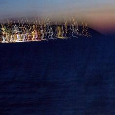 Die Lichter einer Insel mit bewegter Kamera aufgenommen.... Lights, Island