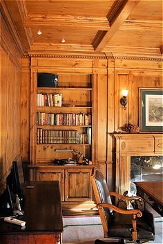 Wood panelled library - cozy with an old world feel. Nice in a single space, not ideal throughout a floor or a whole home. Tudor Decor, Wood Paneling, Wood Walls, Home Libraries, Small Places, Cottage Interiors, New Home Designs, Interior Design Services, Inspired Homes