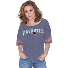 Women's New England Patriots Nike Gray Stadium Epic Crew Long Sleeve Performance T-Shirt