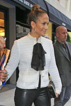 Jennifer Lopez (sigh..so gorgeous)