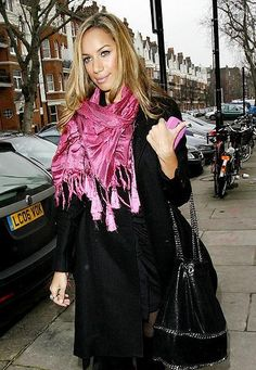 Leona Lewis with our #Falabella bag.