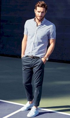 This pairing of a navy and white gingham short sleeve shirt and navy chinos is devastatingly stylish and yet it's laid-back and ready for anything. White low top sneakers tie the outfit together. Summer Outfits Men, Casual Outfits, Summer Men, Outfit Summer, Classic Outfits, Style Casual, Men Casual, Men's Style, Smart Casual