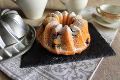 PRINCIPIANDO EN LA COCINA: Bundt cake de crema agria y arándanos