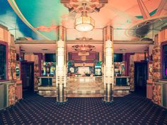 A Night at the Cinema: Reviving the Glamour of Old Hollywood – PROOF