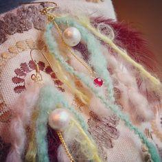 毛糸のふわふわピアス ピアス Yururelam@みき ハンドメイド通販・販売のCreema