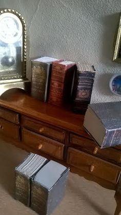 Encyclopedia Miniatur  Titel weisse Seiten innen von minis4you