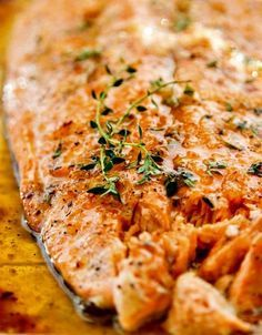 Broiled Salmon with Honey and Garlic http://www.thewickednoodle.com/broiled-salmon/?utm_campaign=coschedule&utm_source=pinterest&utm_medium=The%20Wicked%20Noodle&utm_content=Broiled%20Salmon%20with%20Honey%20and%20Garlic Just 5 ingredients!!