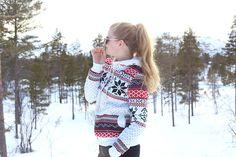 krist.in winter hovden sheinside sweater skiing