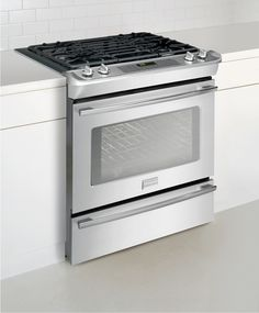 Professional Convection Slide-In Gas Range - Stainless