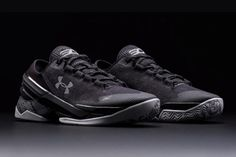 THIS WEEKEND'S HOTTEST RELEASES (MARCH 5) - Sneaker Freaker