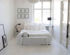 "4,294 tykkäystä, 61 kommenttia - | Rebecca | (@65m2_) Instagramissa: ""Sometimes it's all about white ☁️ Good Night  . . . . . . . . . . #homestyle #bedroom…"""
