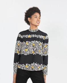 Image 1 of STRIPED PRINT TOP from Zara