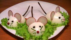 Gevulde eieren recept:http://www.besterecepten.nl/tag/versiering-voor-salade/