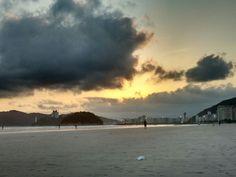 Praia fim de tarde