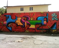 #womanisttravel #visitcalifornia #losangeles #streetartlosangeles #streetarteverywhere #streetartla #streetart #graffitti #graffitiart #graffuturism #graffitilosangeles #graffitila