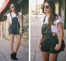 Resultado de imagem para looks com shorts jean tumblrs