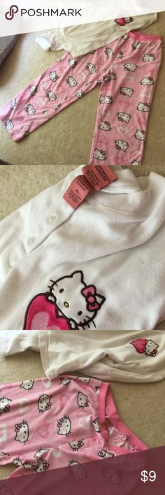Hello Kitty PJs The ever adorable Hello Kitty. Some piling but adorable just the same. Hardly worn, but washing caused piling look...does not distract from these cuties Intimates & Sleepwear Pajamas