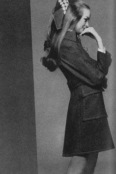 Fashion model Jean Shrimpton, from a spread in Vogue magazine's March issue, United Kingdom, 1969, photograph by Gianni Penati.