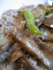 GINATAANG TALONG (EGGPLANT IN COCONT MILK)  ==INGREDIENTS==3 cloves garlic, 100g shrimps, 100g lean pork, 1T bagoong alamang, 2c kakang gata or first extraction (coconut milk), 1 kilo eggplant, 1/4t salt ===========