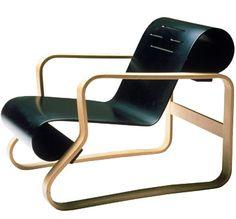 Paimio Armchair 41 by Alvar Aalto Modern Furniture, Furniture Design, Alvar Aalto, Scandinavian Design, Chair Design, Mid-century Modern, Armchair, Mid Century, Plywood