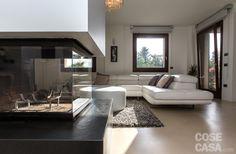 Per creare il nuovo appartamento non si sono modificate né la struttura perimetrale, né le aperture di finestre e porta d'ingresso #cosedicasa #casa #arredamento #design #arredocasa #home #house #openspace