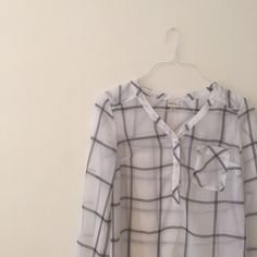 plaid popover. Reposh! I purchased this on Posh, new with tags, and only wore once. The shoulders are too narrow for me so I would recommend this for a true XS. Sheer fabric is great for summer and looks great with skinny jeans and flats. Merona Tops