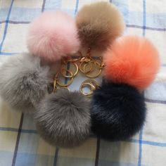 2016 New 12 Color Trinket Keychain Pompons Keychains Fur Keychain Fluffy Key Chains for Cars Keyrings Trinkets Pom Pom Keychain