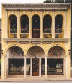 Country French Antiques: temps français