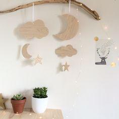 Suspension, petit mobile en bois (frênes) Decoration, Kids Room, Handmade, Furniture, Child Room, Children, Woodwind Instrument, Decor, Room Kids
